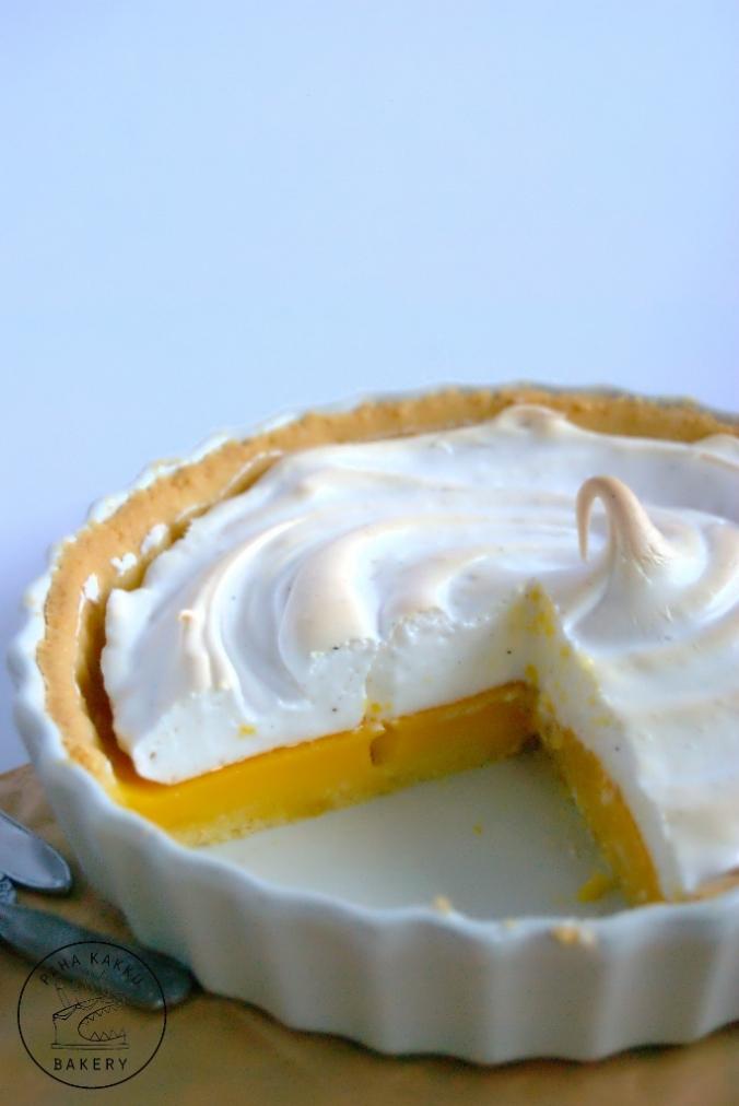 glutenfree-passion-meringue-pie-03 (684x1024)